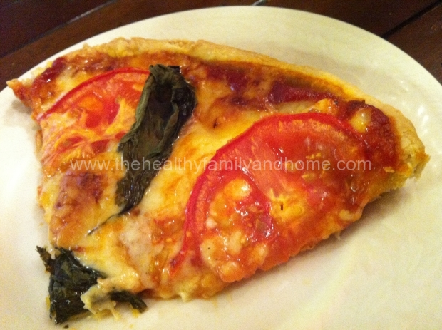 Vegan-Tomato-and-Basil-Pizza