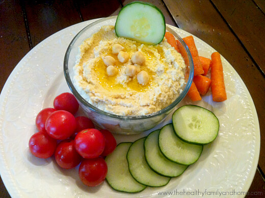 Raw-Sprouted-Chickpea-Hummus