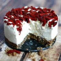 Raw Vegan Lemon and Goji Berry Cheesecake   The Healthy Family and Home