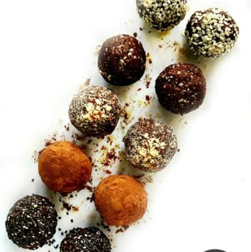 Crunchy Raw Vegan Protein Balls | The Healthy Family and Home