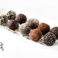 Healthy No-Bake Crunchy Raw Vegan Protein Energy Balls