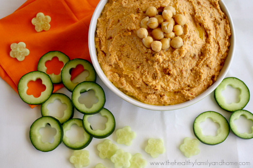 Vegan-Sun-Dried-Tomato-Hummus