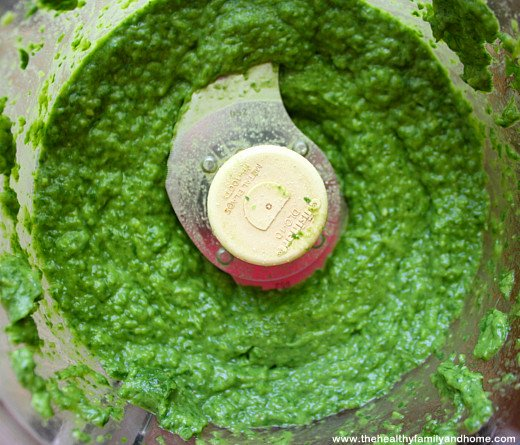 Raw-Spinach-and-Avocado-Dip