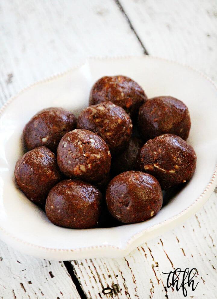 Raw Cacao Almond Balls