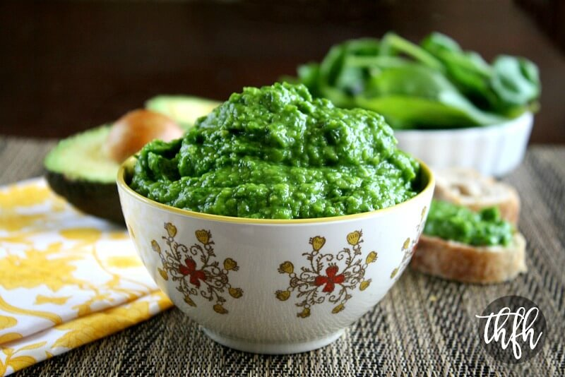 Raw Vegan Spinach and Avocado Dip | The Healthy Family and Home