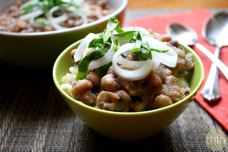 Clean Eating Vegan Slow Cooker Black Eyed Peas - Vegan, Gluten-Free, Dairy-Free | The Healthy Family and Home