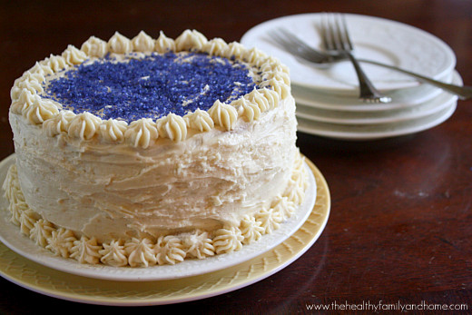 Vanilla-Vegan-Birthday-Cake-with-Buttercream-Icing