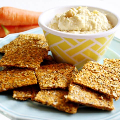 Gluten-Free Vegan Raw Carrot Pulp and Flax Crackers