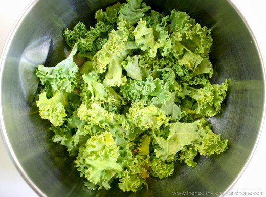 Wilted-Kale-and-Creamy-Chipolte-Dressing
