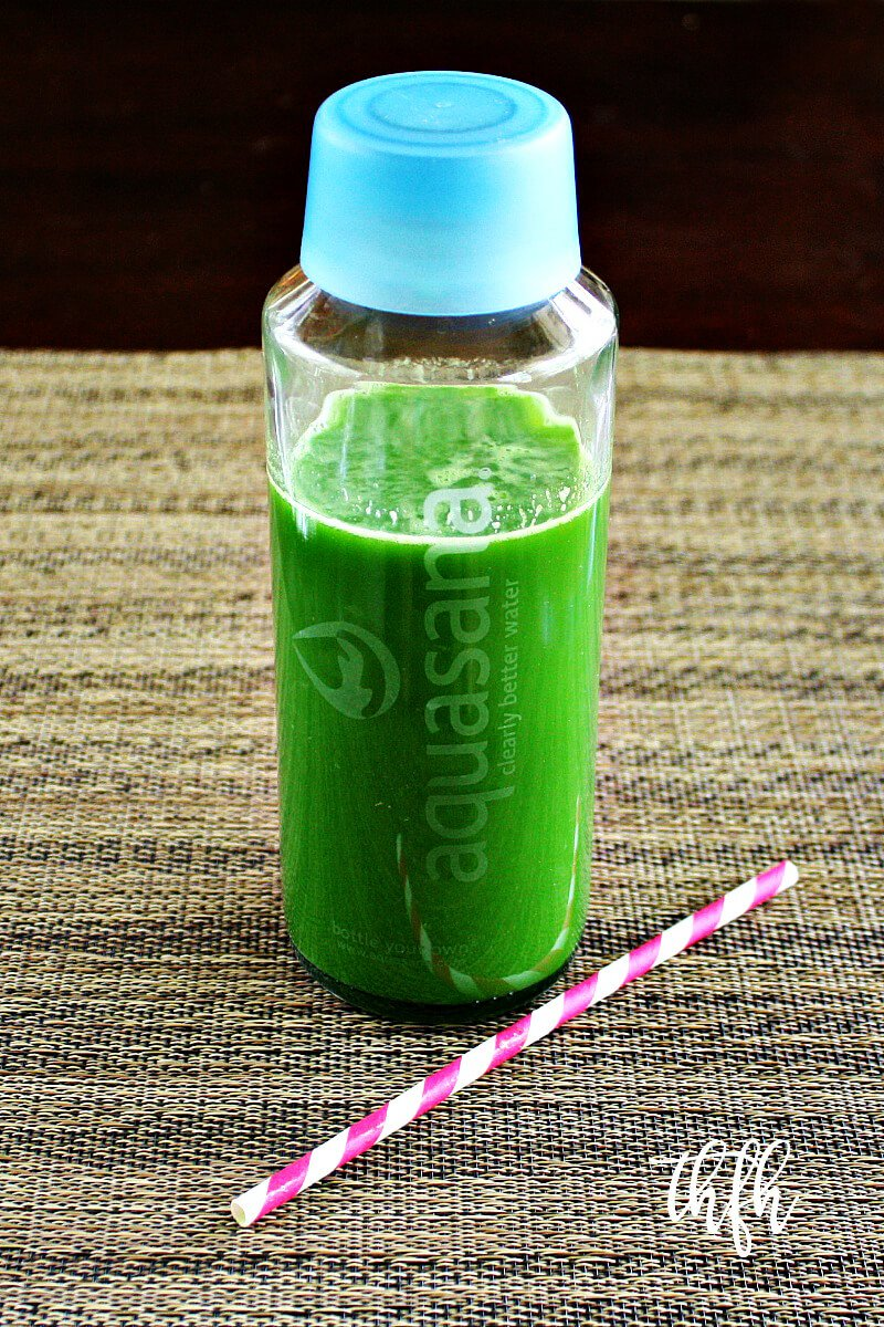 Spinach Cucumber and Celery Juice in Aquasana Glass Bottle | The Healthy Family and Home