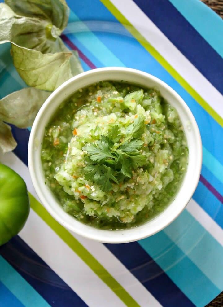 Raw Tomatillo Salsa