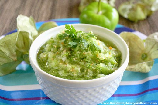 Raw-Tomatillo-Salsa