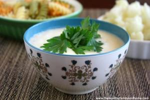 Healthy Cauliflower Alfredo Sauce (Vegan, Gluten-Free, Dairy-Free)
