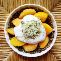 Raw Vegan Peach Tart | The Healthy Family and Home