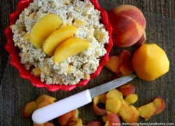 Quinoa-and-Fruit-Breakfast-Porridge