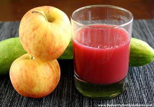 Cucumber-Apple-and-Beet-Juice
