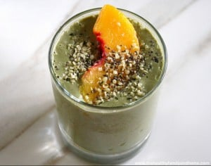 Peachy Green Smoothie (Gluten-Free, Dairy-Free, No Refined Sugar)