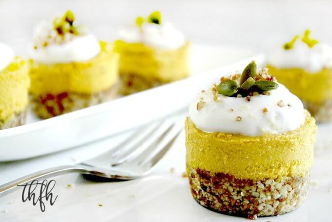 Gluten-Free Vegan No-Bake Pumpkin Mini Cheesecakes | The Healthy Family and Home