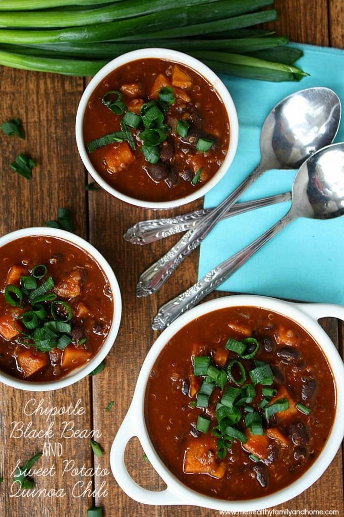chipotle-black-bean-and-sweet-potato-quinoa-chili