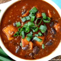 Chipotle Black Bean and Sweet Potato Quinoa Chili | The Healthy Family and Home