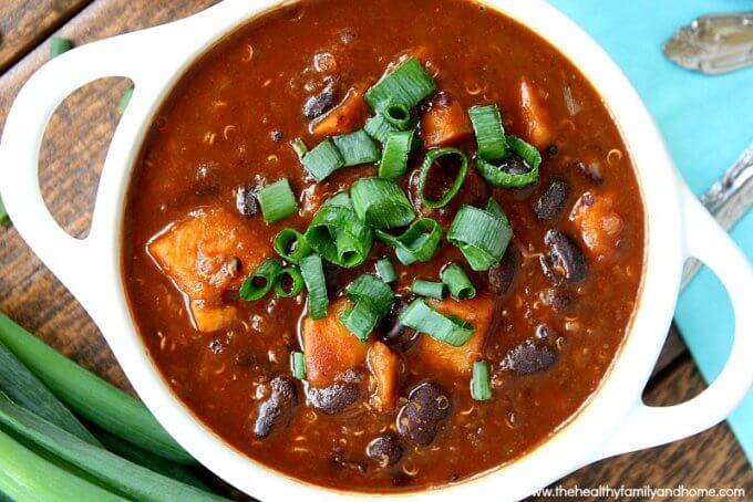 Chipotle Black Bean, Sweet Potato and Quinoa Chili (Vegan, Gluten-Free, Dairy-Free)