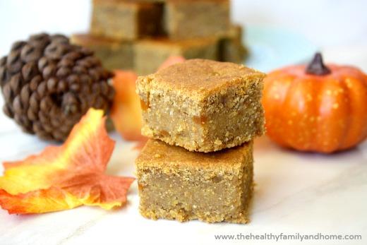 Gluten-Free-Vegan-Pumpkin-Spice-Cornbread-Squares
