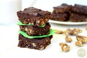 Gluten-Free Vegan Walnut and Oat Brownies (Vegan, Gluten-Free, Grain-Free, Flourless, Dairy-Free, No Refined Sugar)