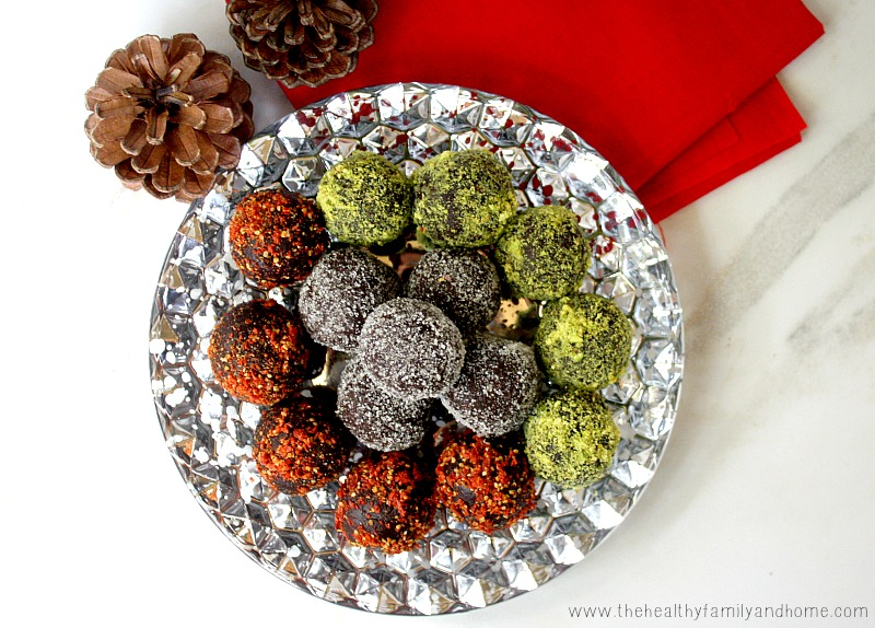 Clean Eating Cacao and Walnut Holiday Truffles - Raw, Vegan, Gluten-Free, Dairy-Free, Paleo-Friendly and No Refined Sugars | The Healthy Family and Home