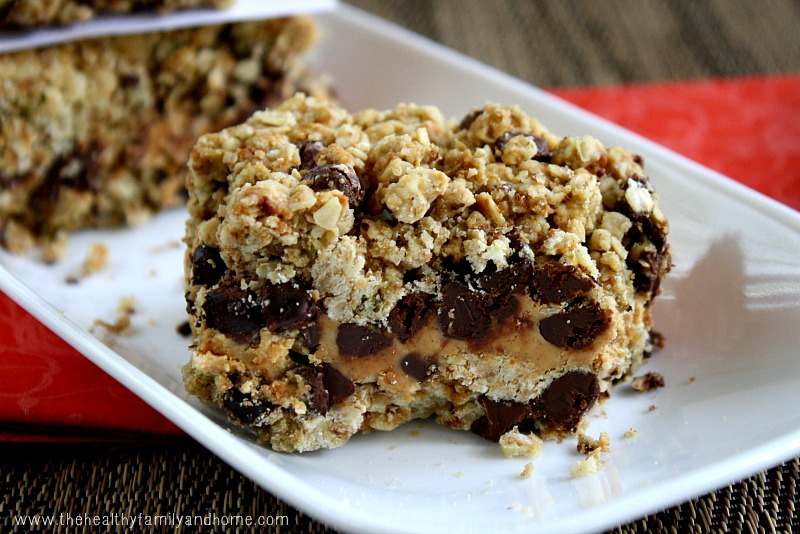 Peanut-Butter-and-Chocolate-Chip-Oat-Bars