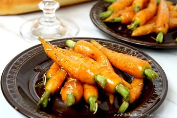 Rosemary and Garlic Maple Glazed Carrots (Vegan, Gluten-Free, Dairy-Free, Paleo-Friendly, No Refined Sugar)