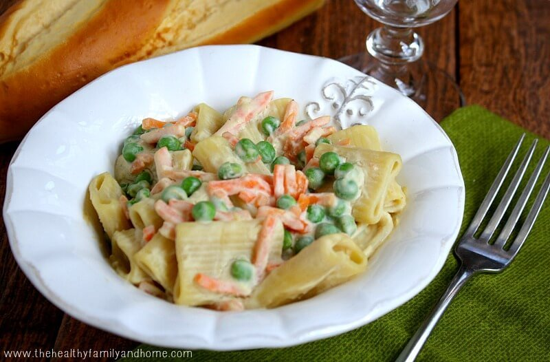 Vegetable Rigatoni with Creamy Cauliflower Sauce