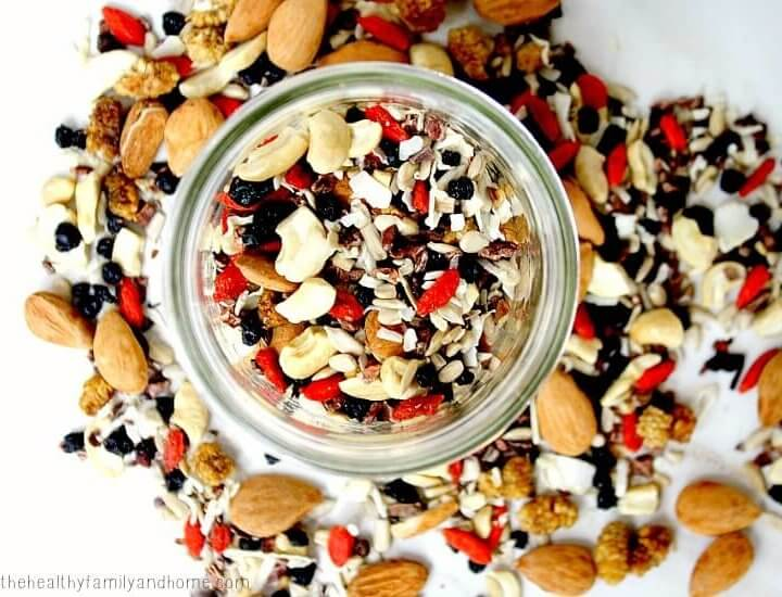 Superfood Fruit Nut and Seed Snack Mix