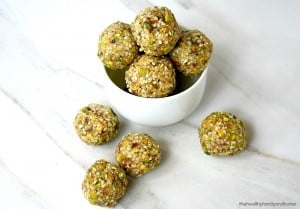 Pistachio Sesame Seed Balls (Raw, Vegan, Gluten-Free, Paleo-Friendly, No Refined Sugar)