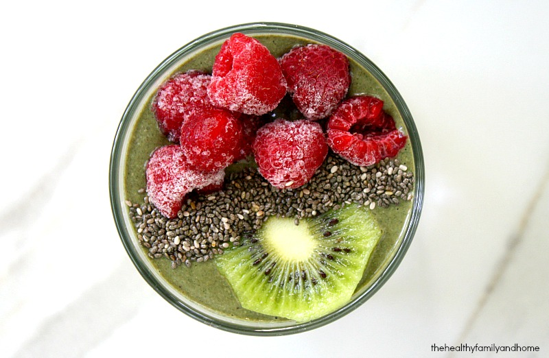 Raspberry-Kiwi-Smoothie