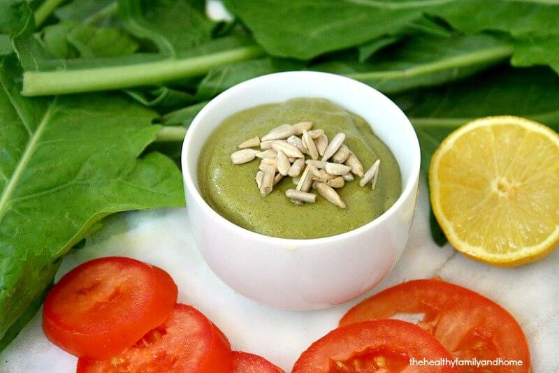Creamy-Dandelion-Leaf-Greens-Dressing