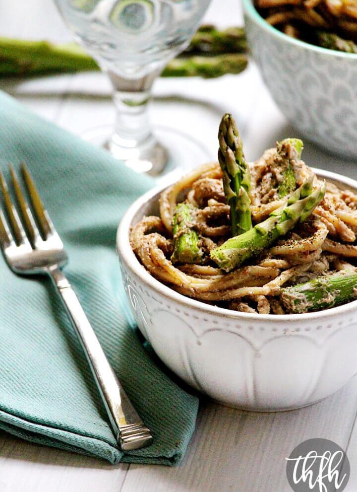 Pasta with Asparagus and Creamy Mushroom Sauce