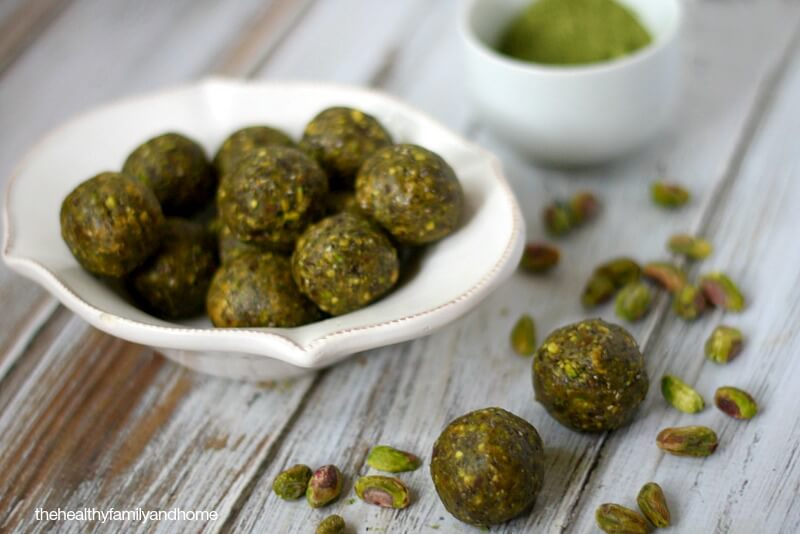 Pistachio and Matcha Truffles - Raw, Vegan, Gluten-Free, Dairy-Free, Paleo and No Refined Sugar | The Healthy Family and Home