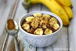 Classic Acai Bowl - Vegan, Gluten-Free, Dairy-Free and No Refined Sugars | The Healthy Family and Home