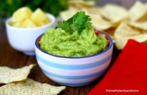 Clean Eating Pineapple Guacamole (Raw, Vegan, Gluten-Free, Dairy-Free, Paleo-Friendly)