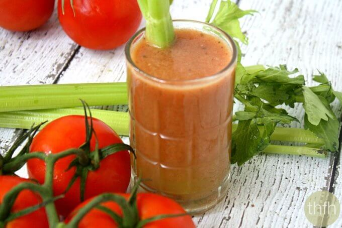 """Clean Eating Bloody Mary – """"Non-Alcoholic"""" (Raw, Vegan, Gluten-Free, Dairy-Free, Paleo-Friendly)"""