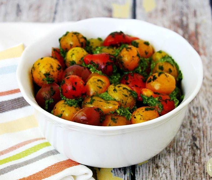 Cherry Tomatoes with Spinach Pesto