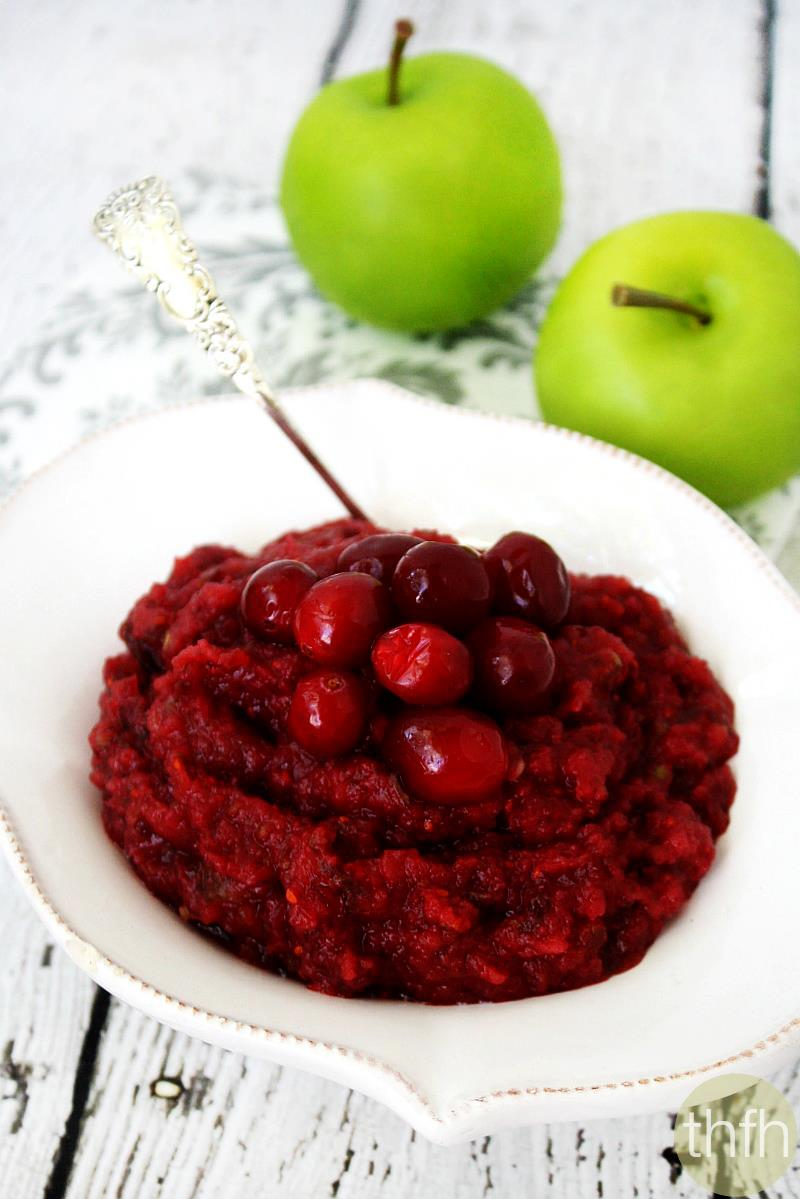 Clean Eating Raw Cranberry Sauce | The Healthy Family and Home