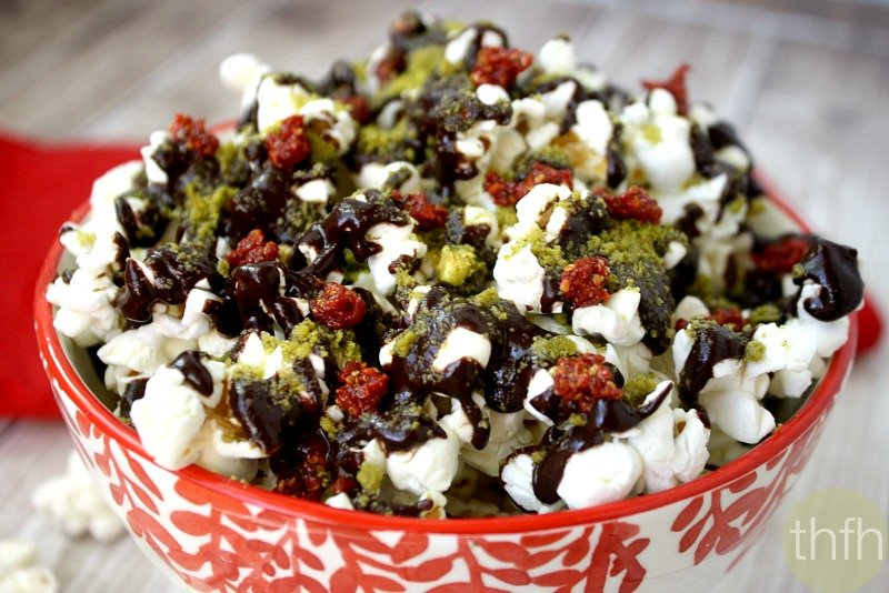 clean-eating-cacao-drizzle-holiday-popcorn
