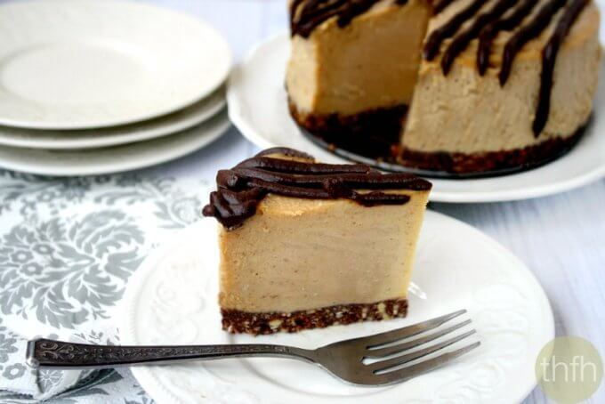 "Vegan No-Bake Peanut Butter Cheesecake (""Almost Raw"", Vegan, Gluten-Free, Dairy-Free, No-Bake, Egg-Free, Soy-Free, No Refined Sugar)"