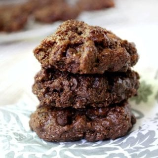 Flourless Chocolate Fudge Mint Cookies | The Healthy Family and Home