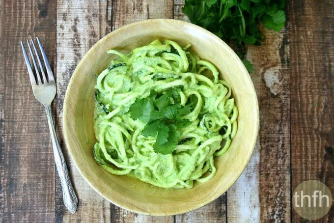 Zucchini Noodles with Spinach and Tomatillo Sauce (Raw, Vegan, Gluten-Free, Dairy-Free, Paleo-Friendly)