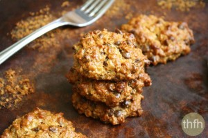 Gluten-Free Vegan Peanut Butter Chocolate Chip Oatmeal Cookies (Vegan, Gluten-Free, Dairy-Free, Egg-Free, No Refined Sugar)