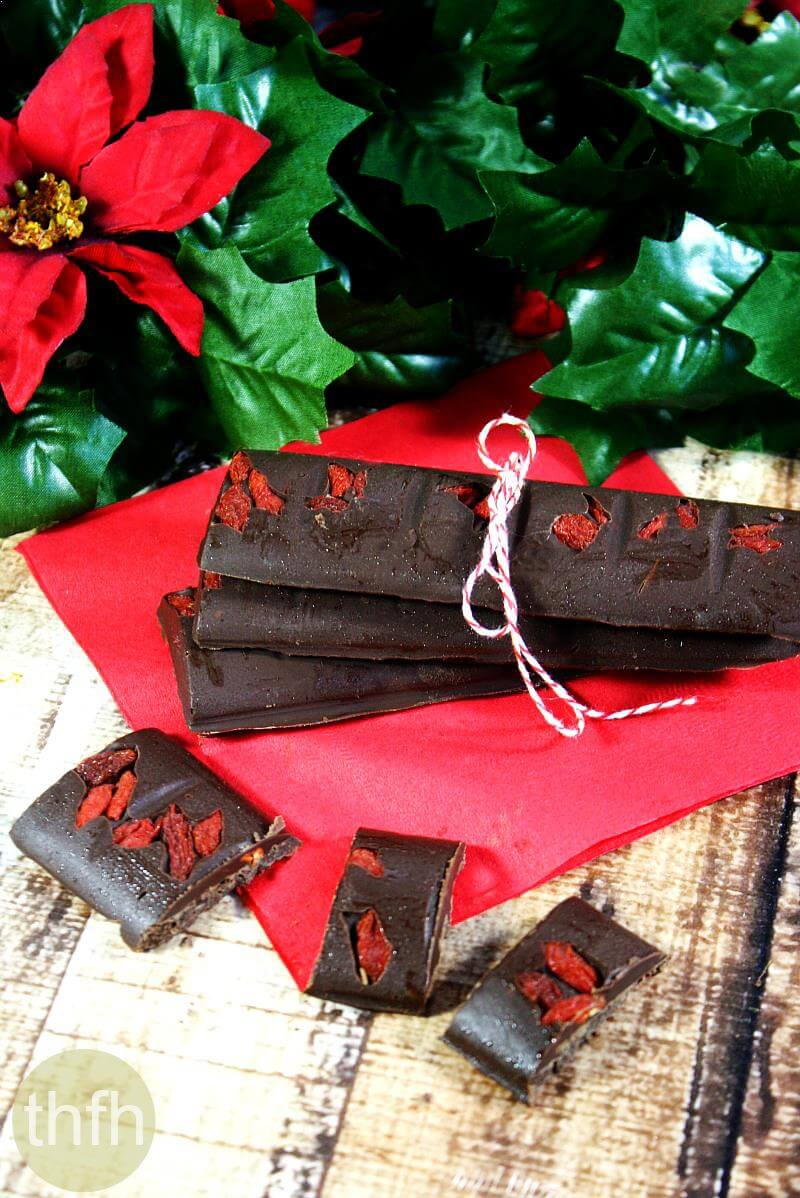 Clean Eating Chocolate Peppermint Candy Bars | The Healthy Family and Home