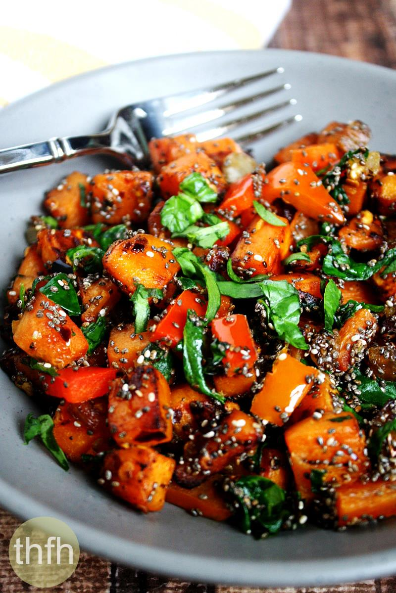 Spicy Red Pepper and Spinach Sweet Potato Hash Browns | The Healthy Family and Home