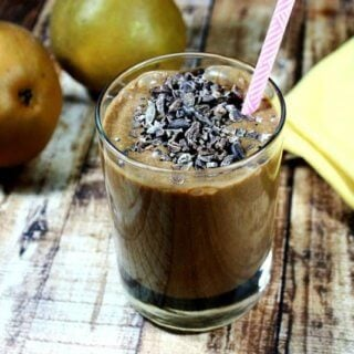 Cacao and Pear Protein Smoothie | The Healthy Family and Home